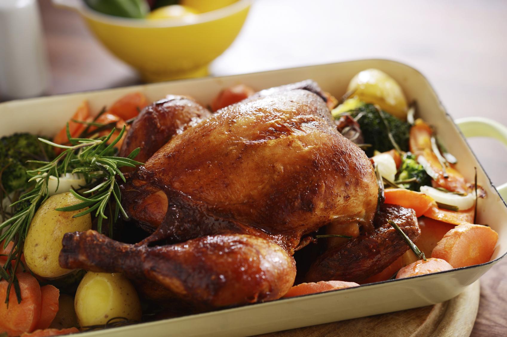 Pollo asado con muchas verduritas
