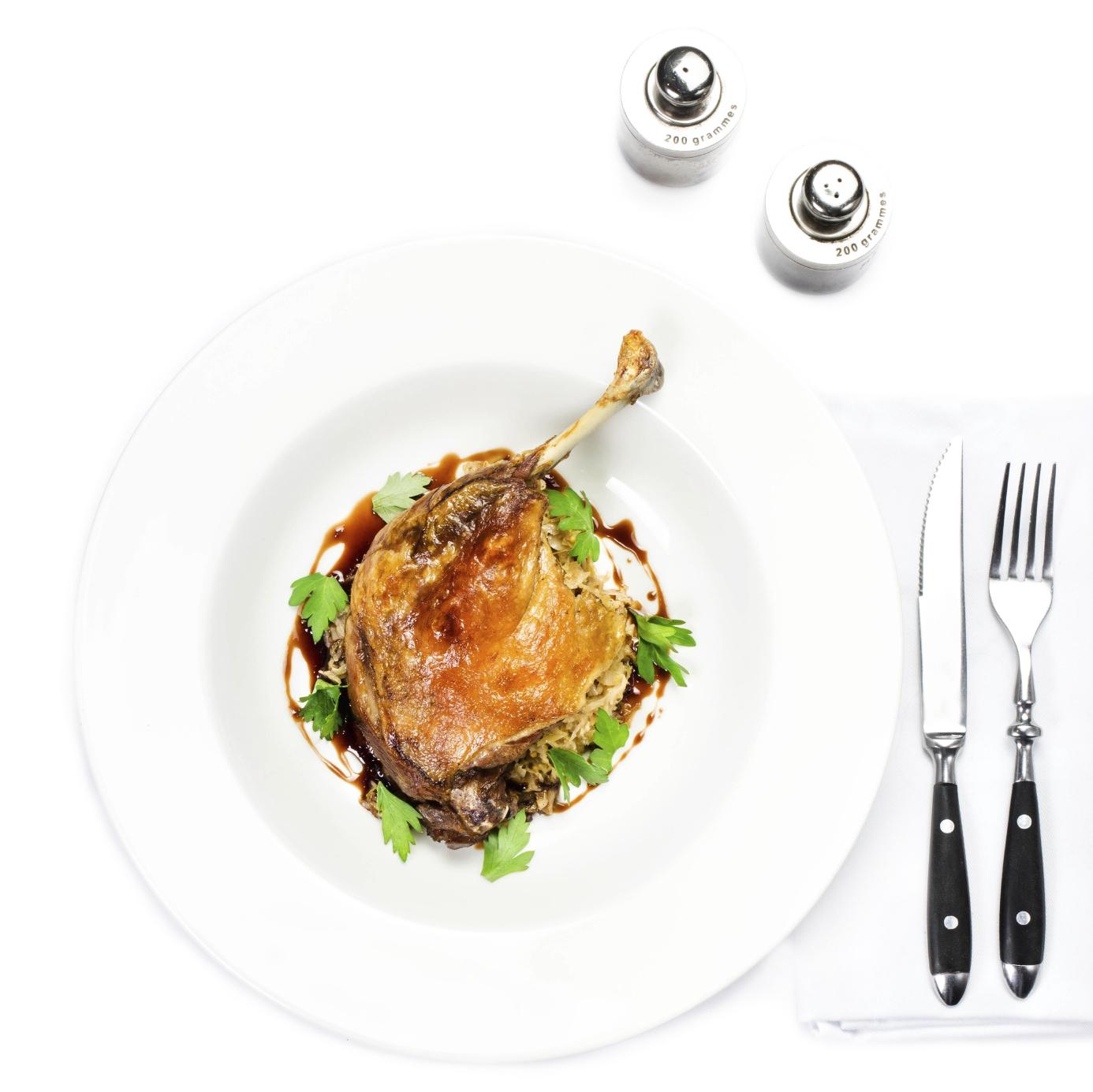 Confit de pato con salsa de manzana