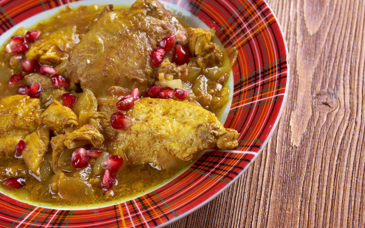 Pollo al curry con granada