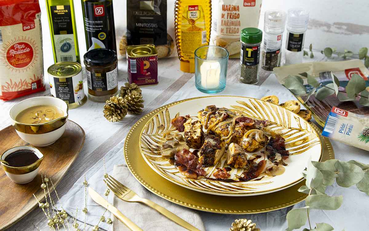 Pollo marinado relleno de foie