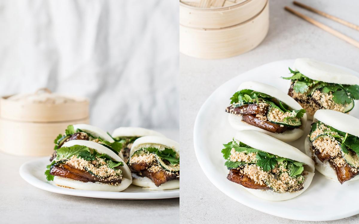 Pork belly buns o pan bao con tocino caramelizado