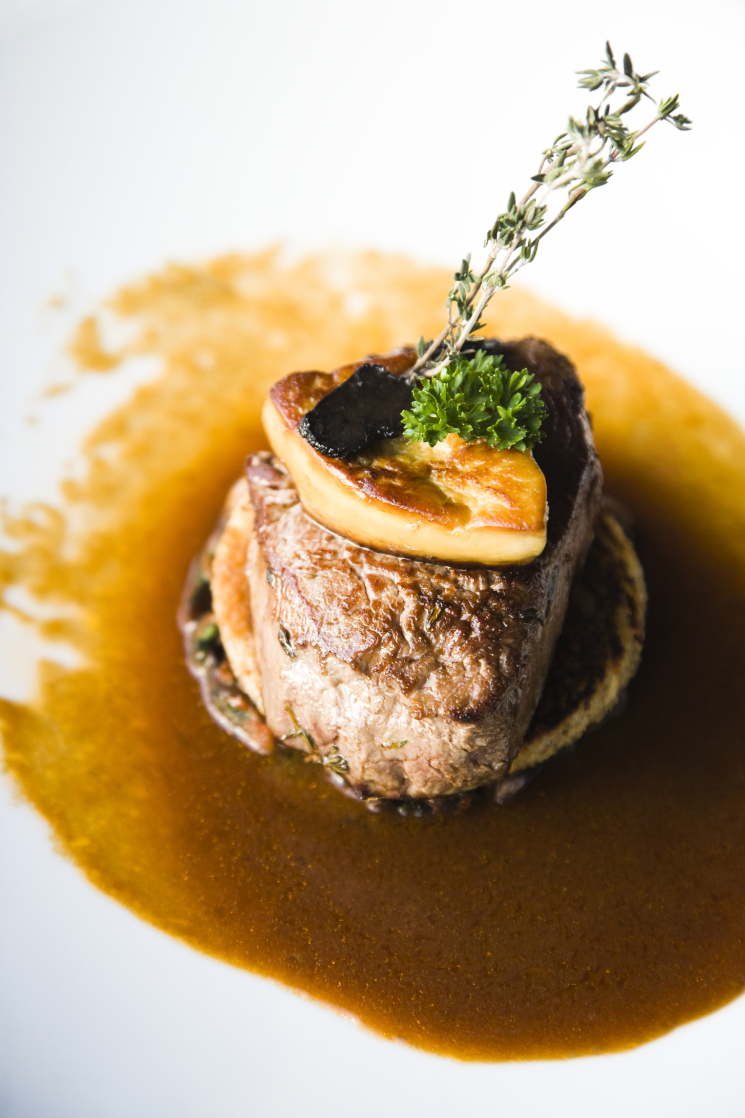 Solomillo con foie y salsa de oporto y naranja