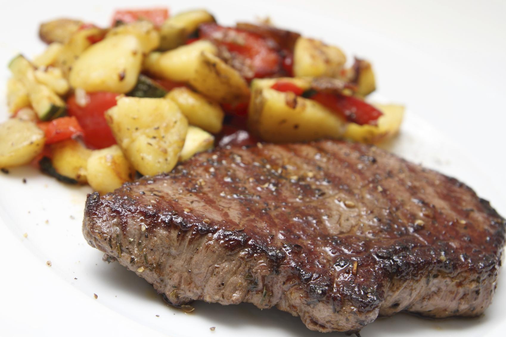 Solomillo con verduras al horno