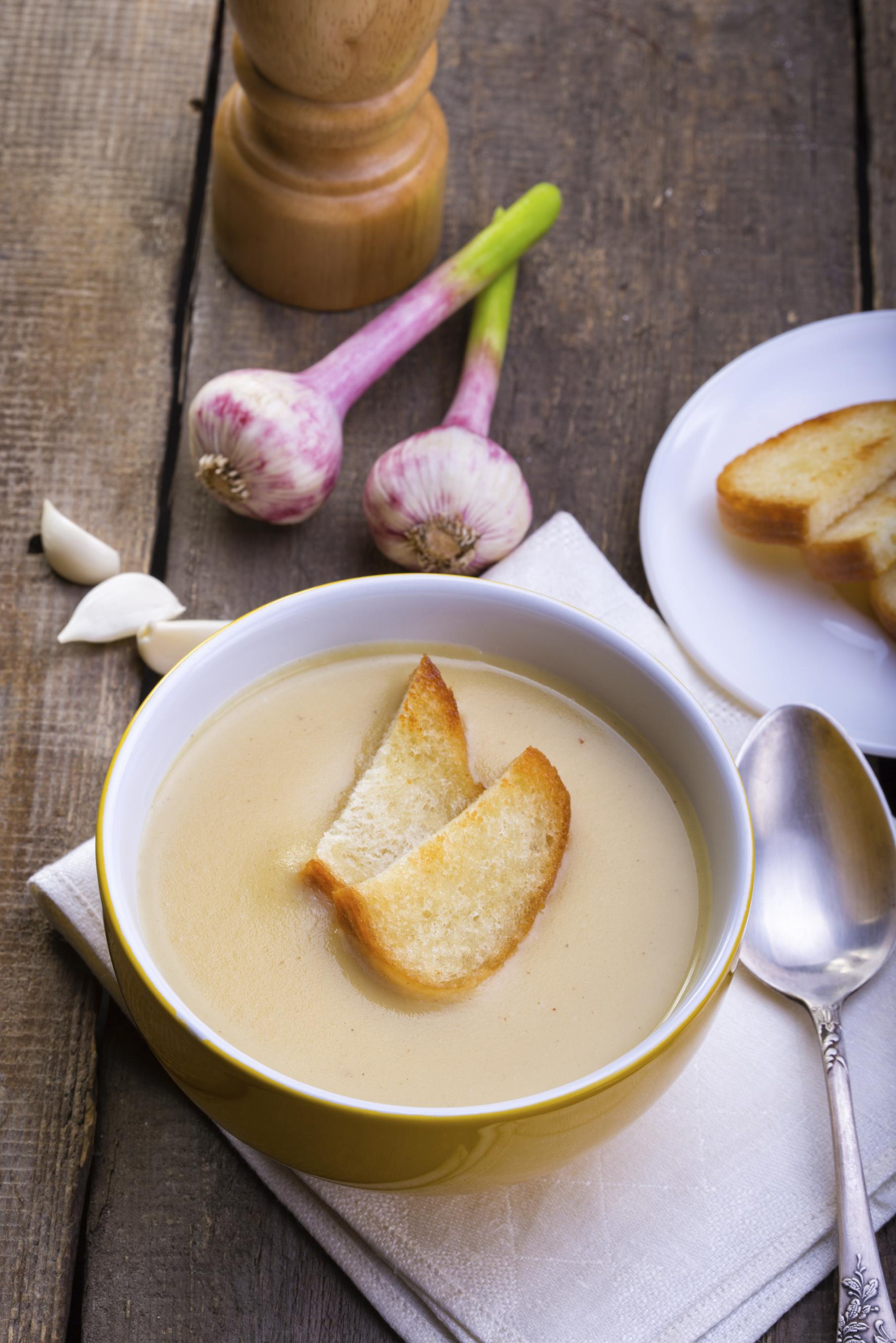 Sopa de ajo para el frío del invierno