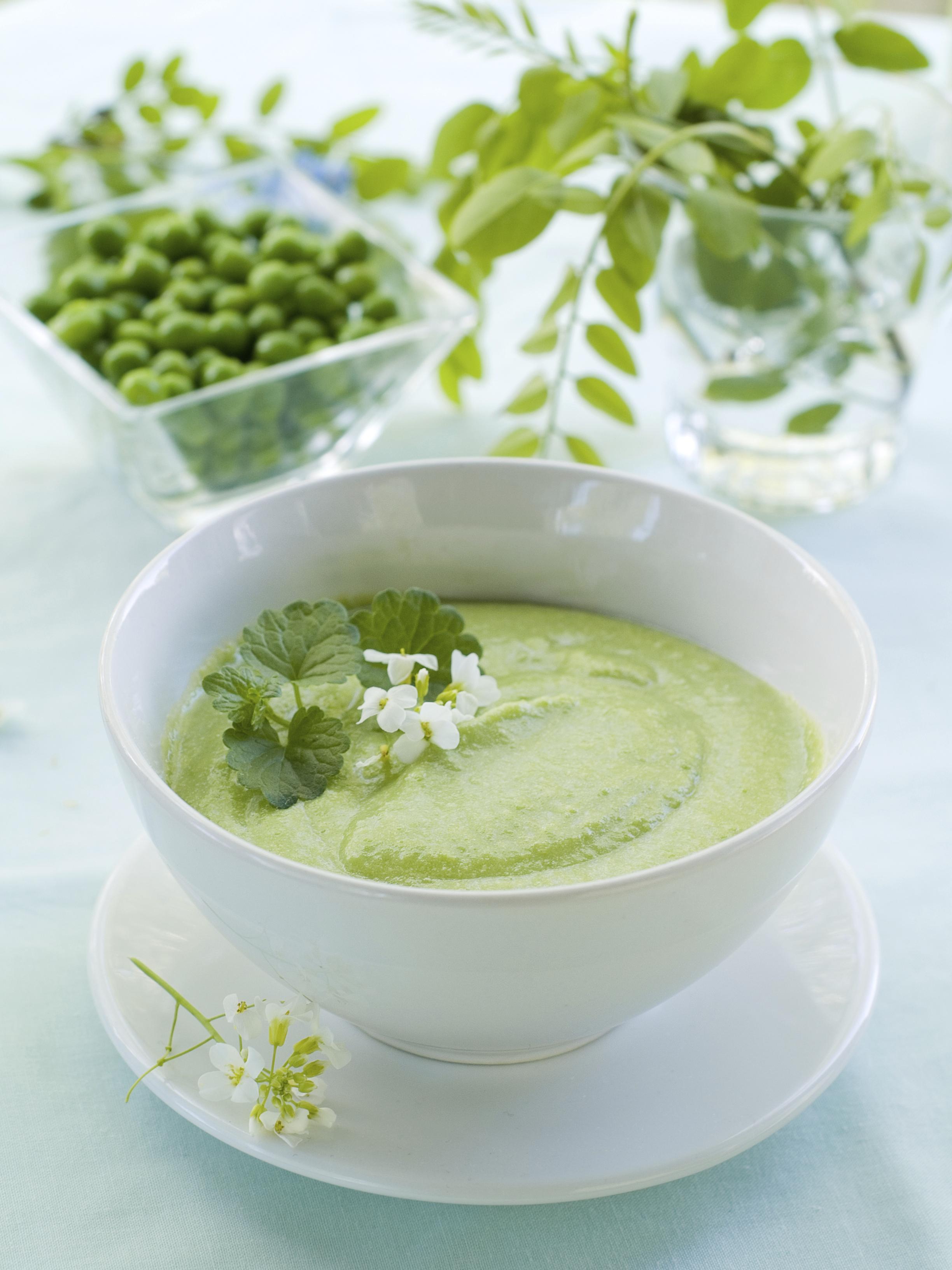 Sopa crema de guisantes y cebollas