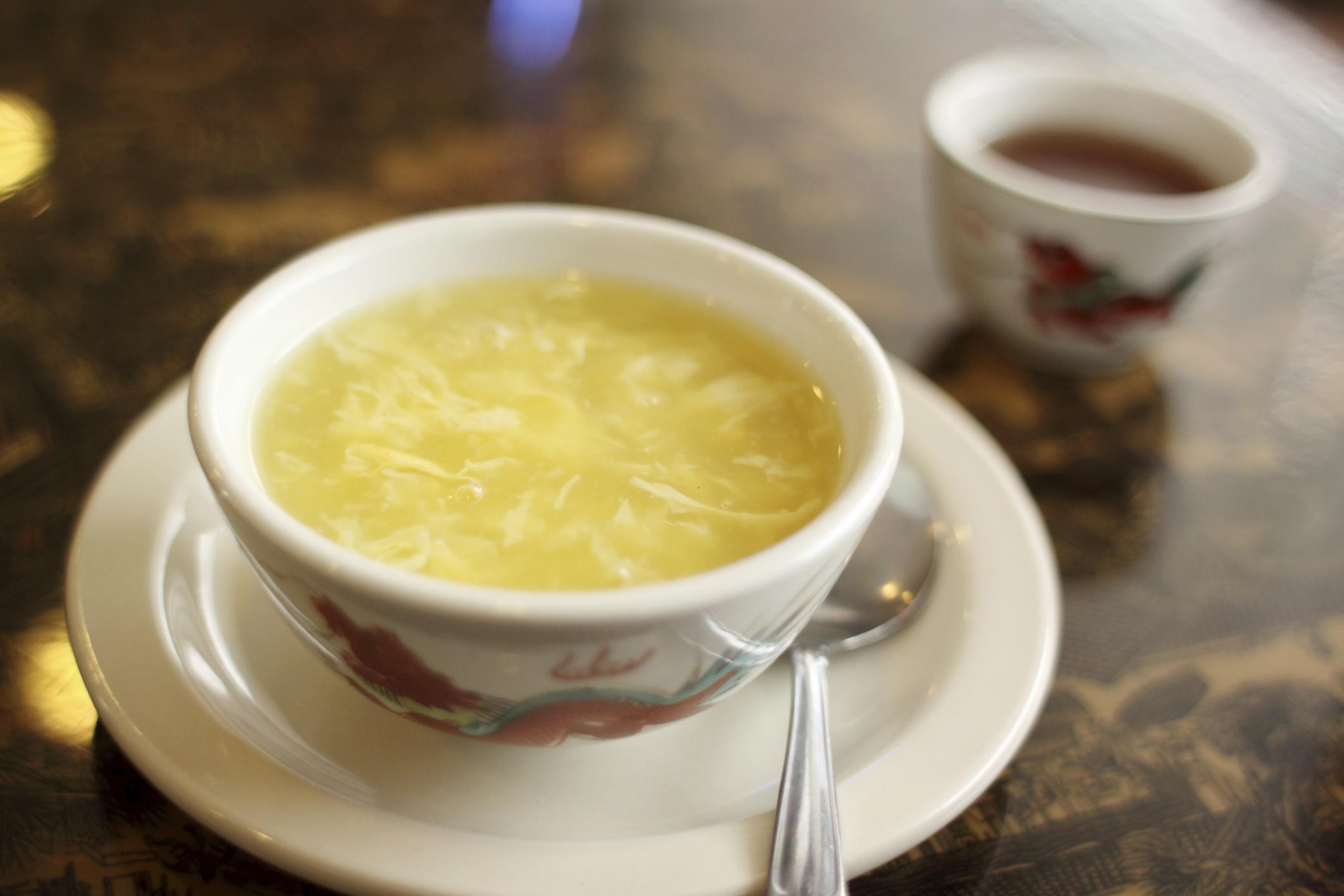 Sopa de huevo