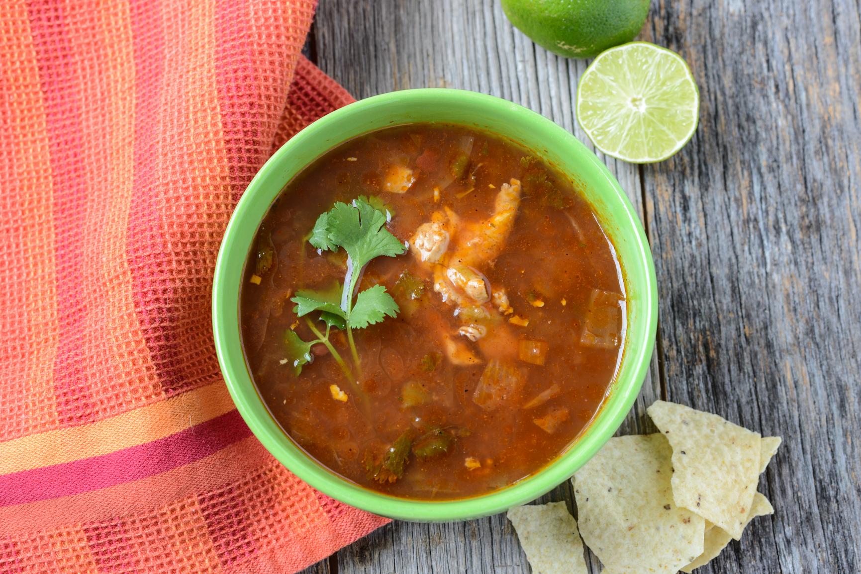 Sopa de lima de Yucatán