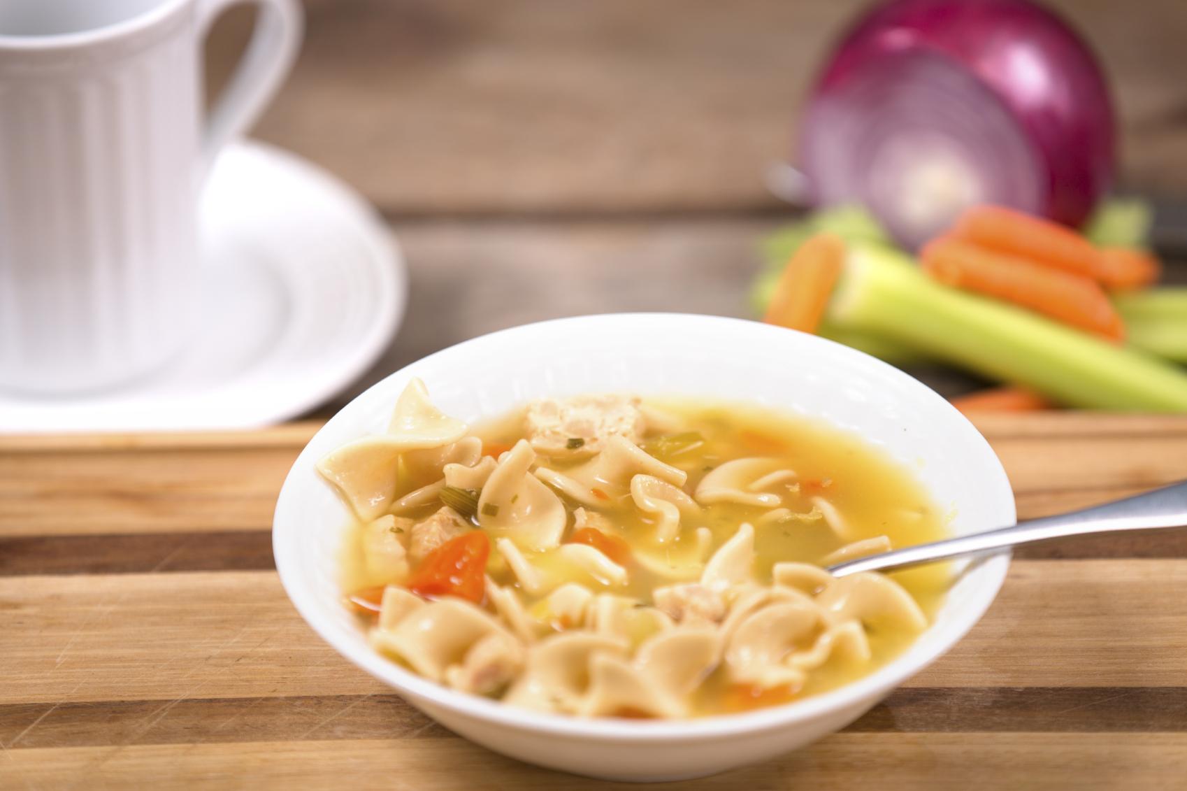 Sopa de pasta con zanahoria