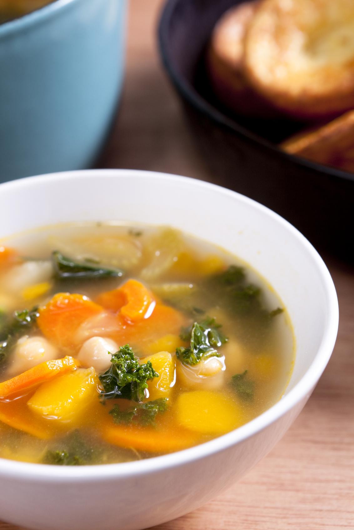 Sopa peruana con vegetales
