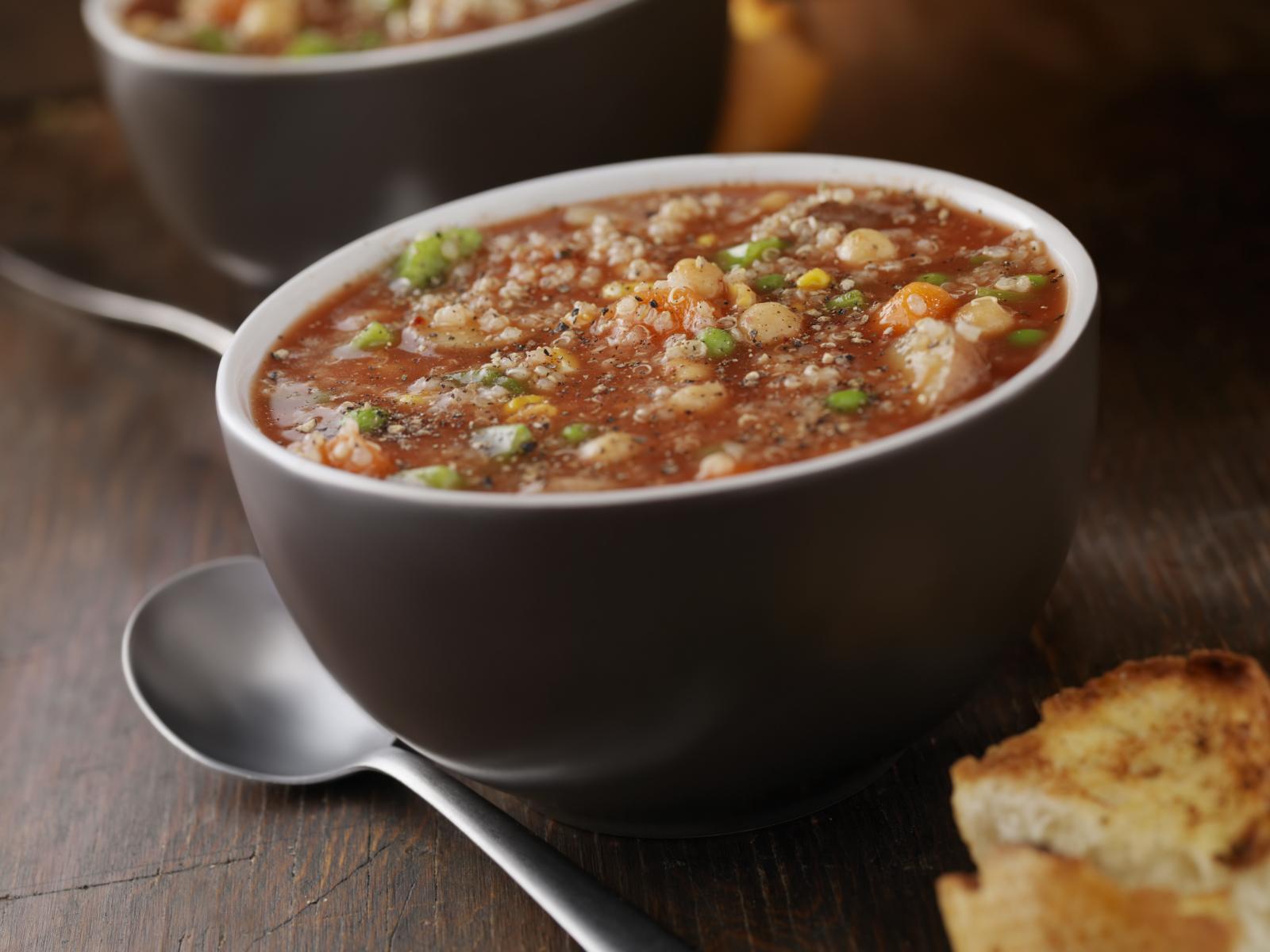 Sopa de quinoa ecuatoriana
