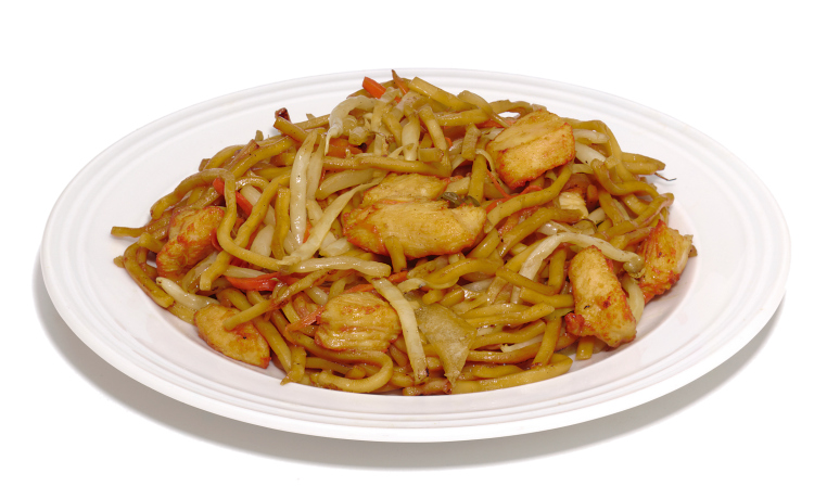 Tallarines con salsa de soja