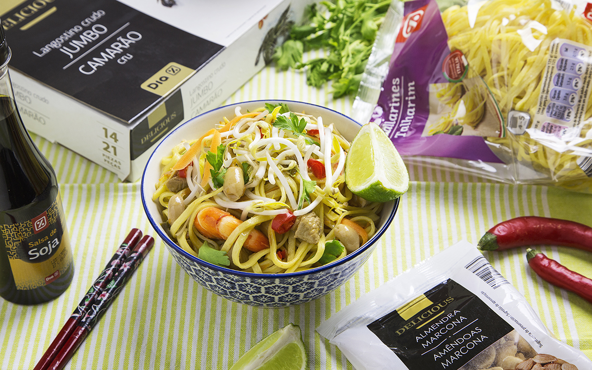 Tallarines pad thai