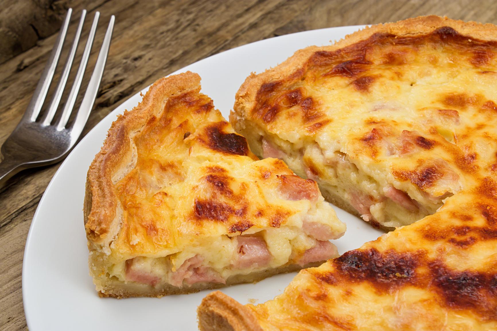 Tarta cremosa de queso y panceta