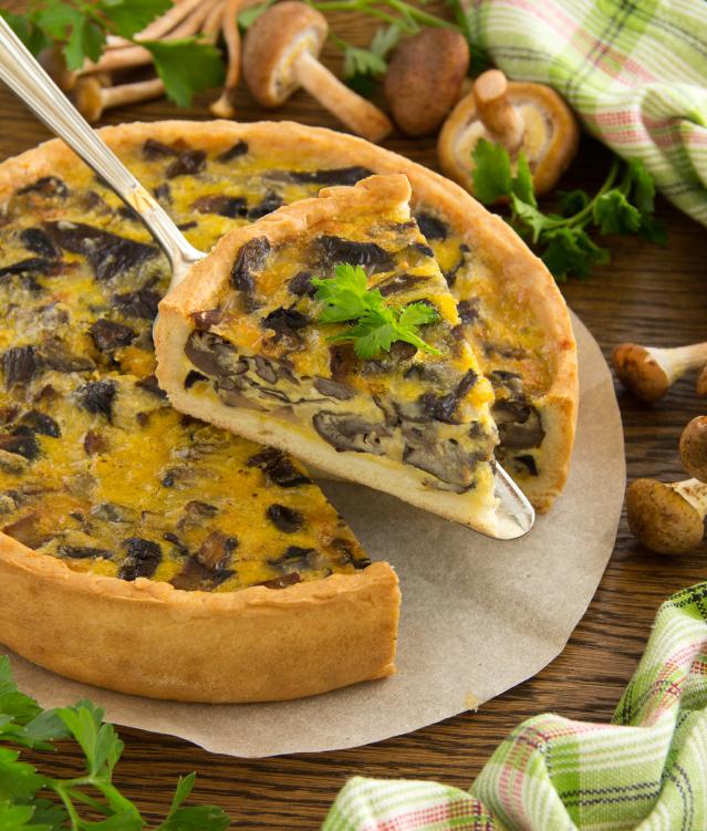 Tarta de queso con champiñones