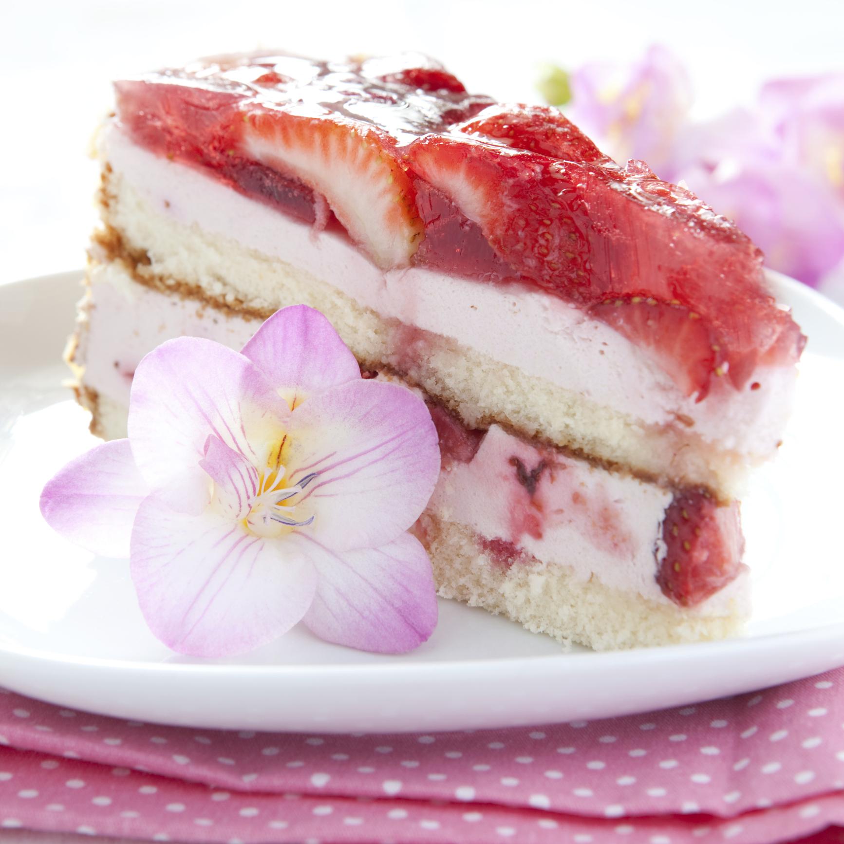 tarta con fresas y crema