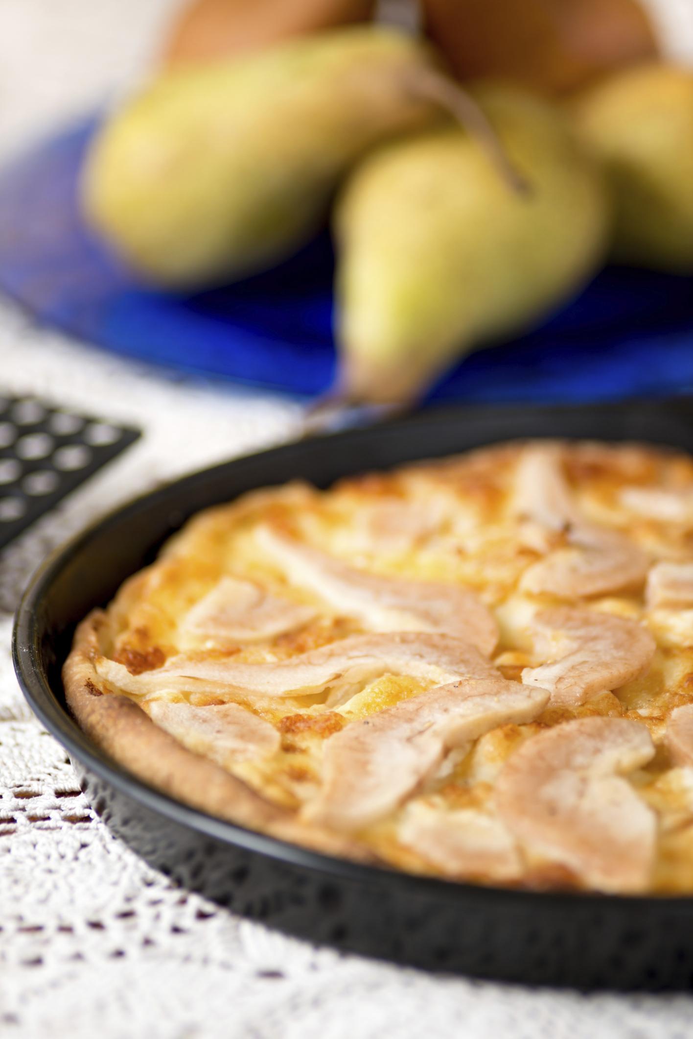 Tarta de peras y queso