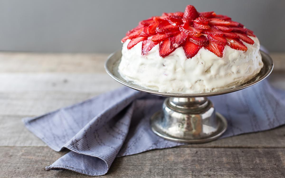 Tarta de nata y fresas para diabéticos