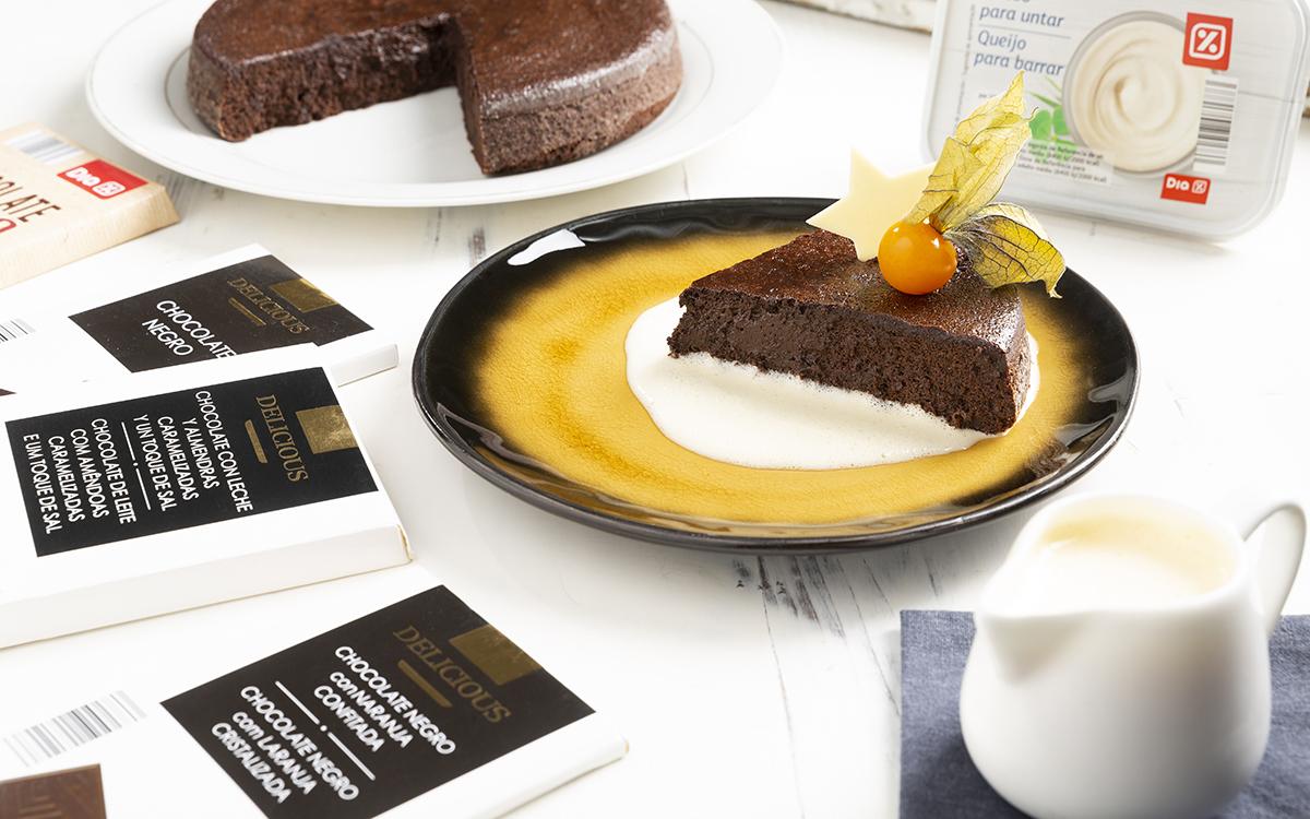 Tarta de chocolate sin harina con mousse de mascarpone