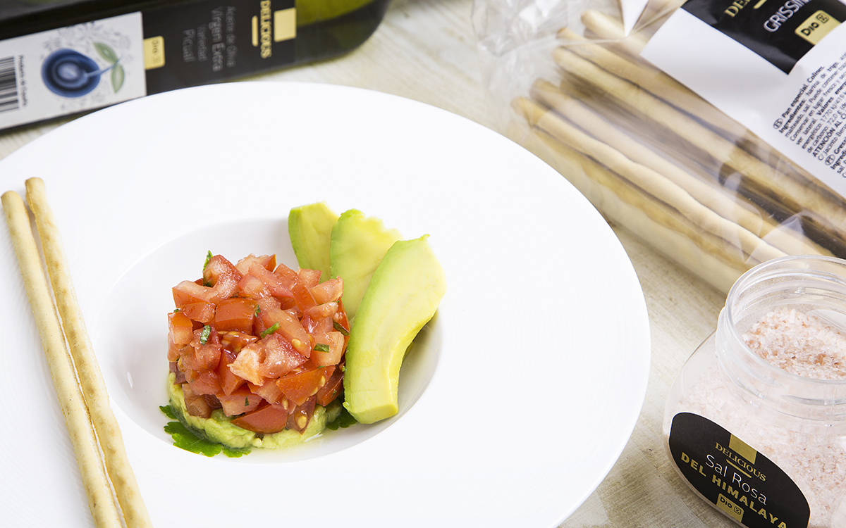 Tartar de tomate y aguacate