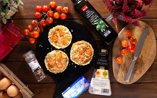 Tarta tatin de tomates cherry y chalotas