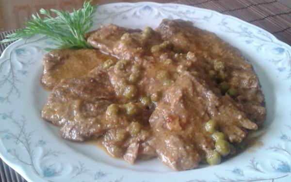 Carne de toro en salsa
