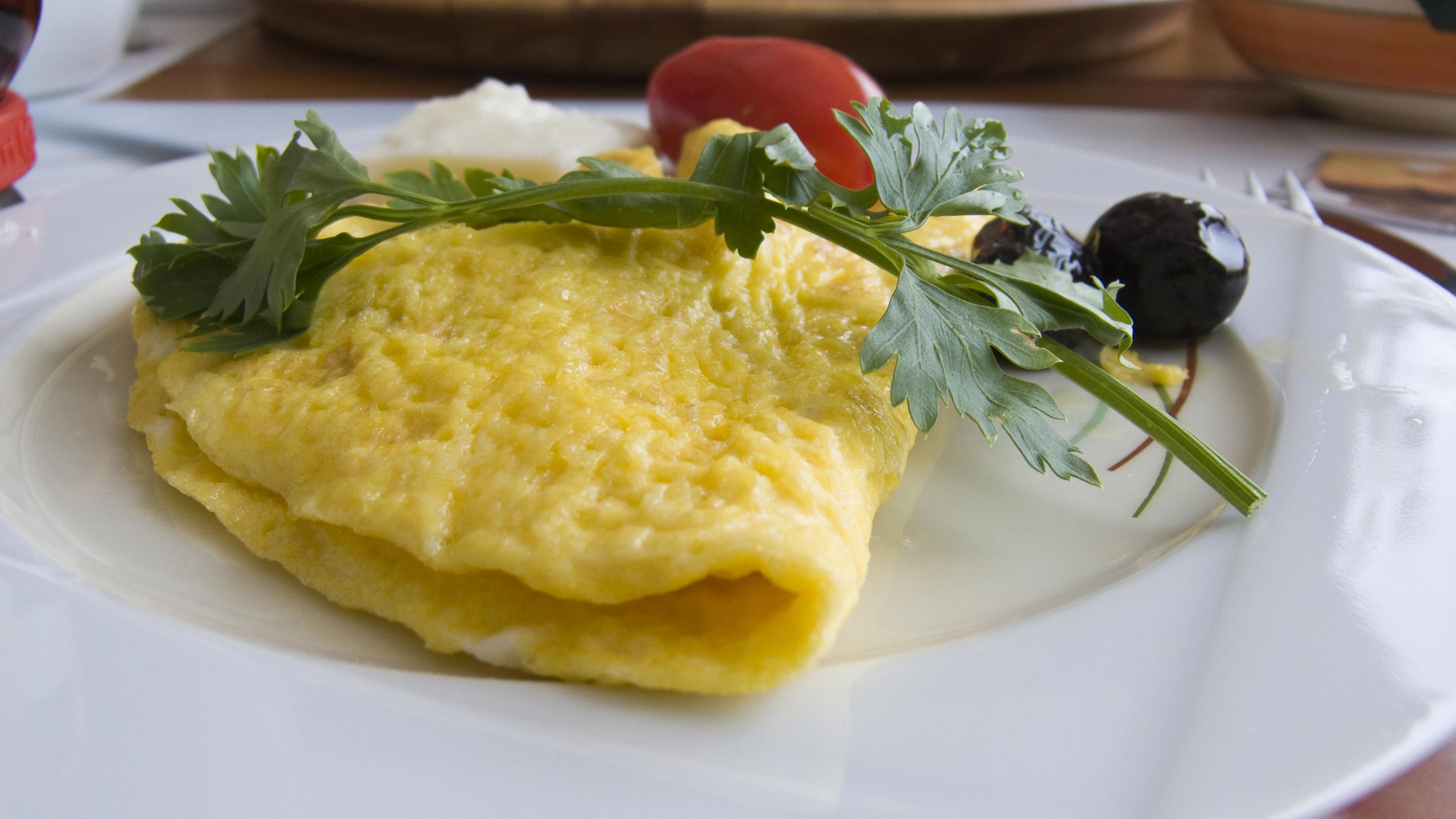 Tortilla de bacalao y queso fresco