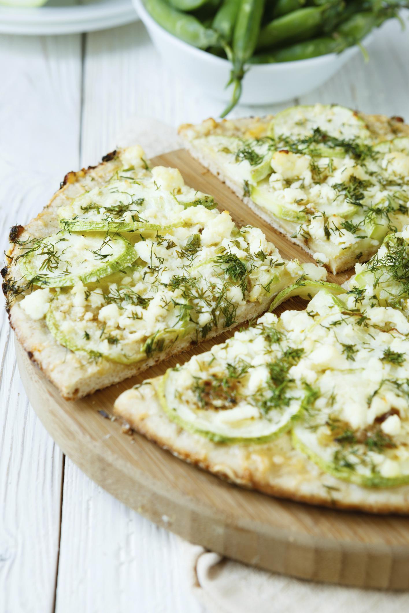 Pizza de calabacín y queso
