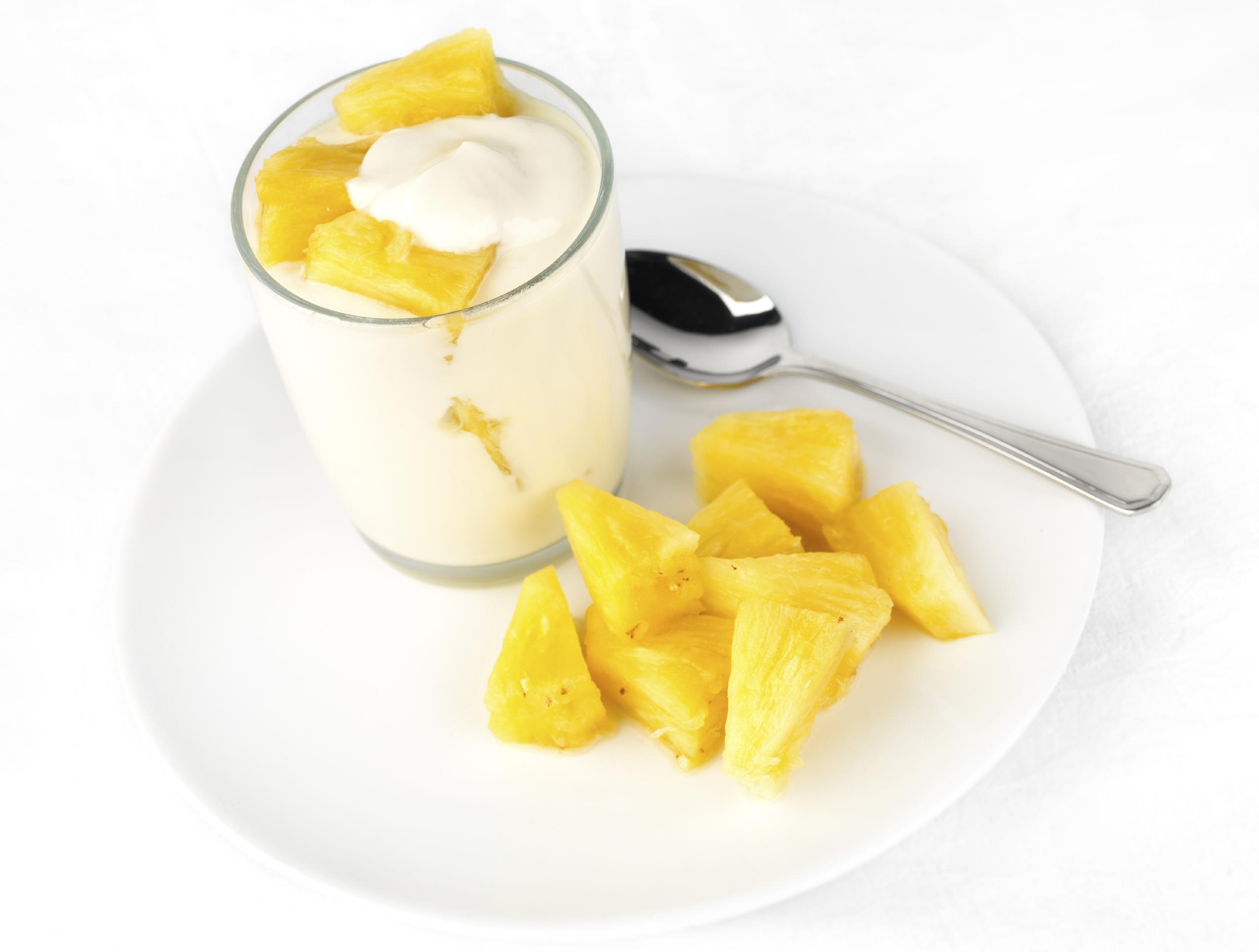 Yogurt de piña casero